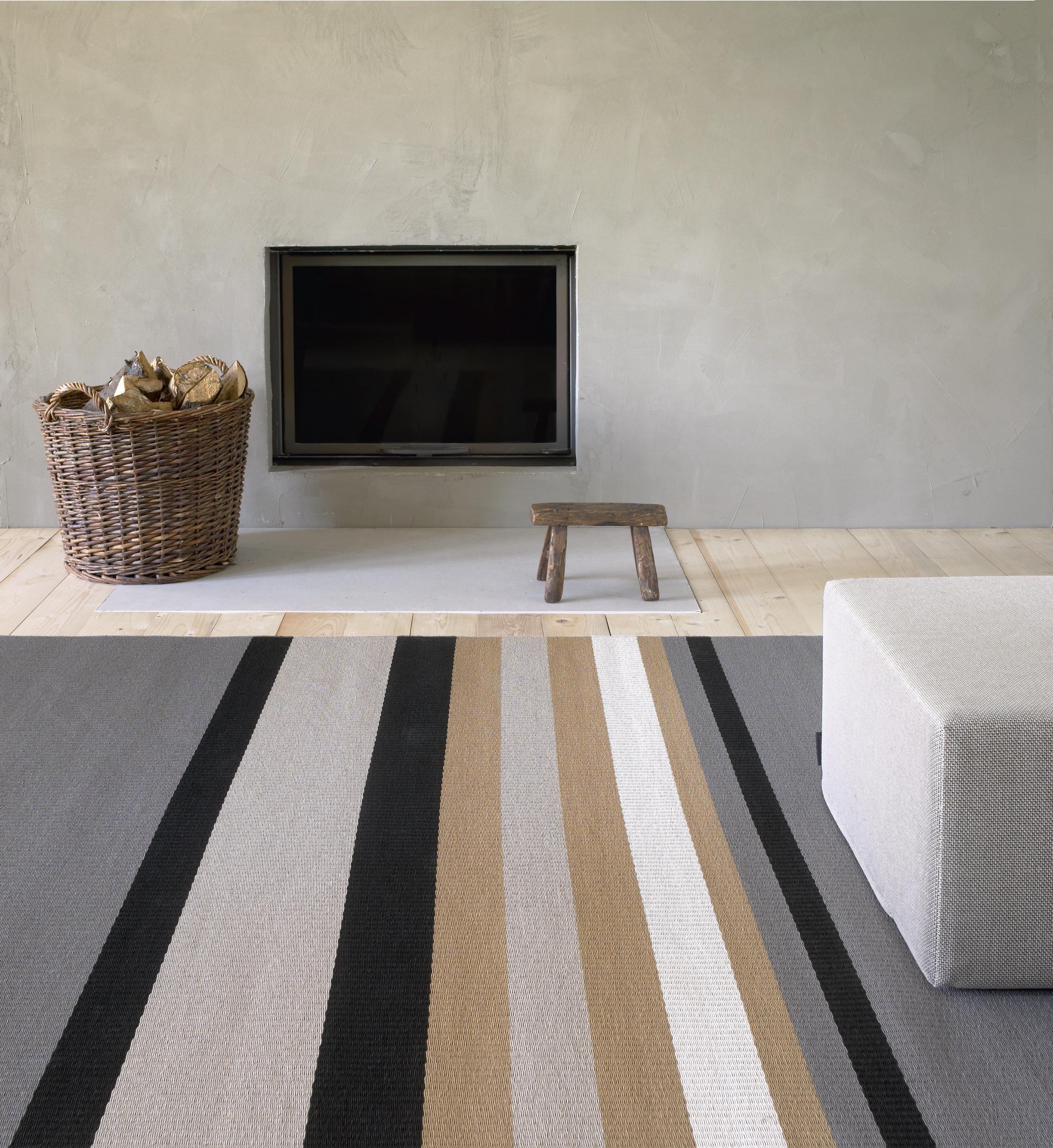 1350205  Horizon  paper yarn carpet, 435 Cool cushion