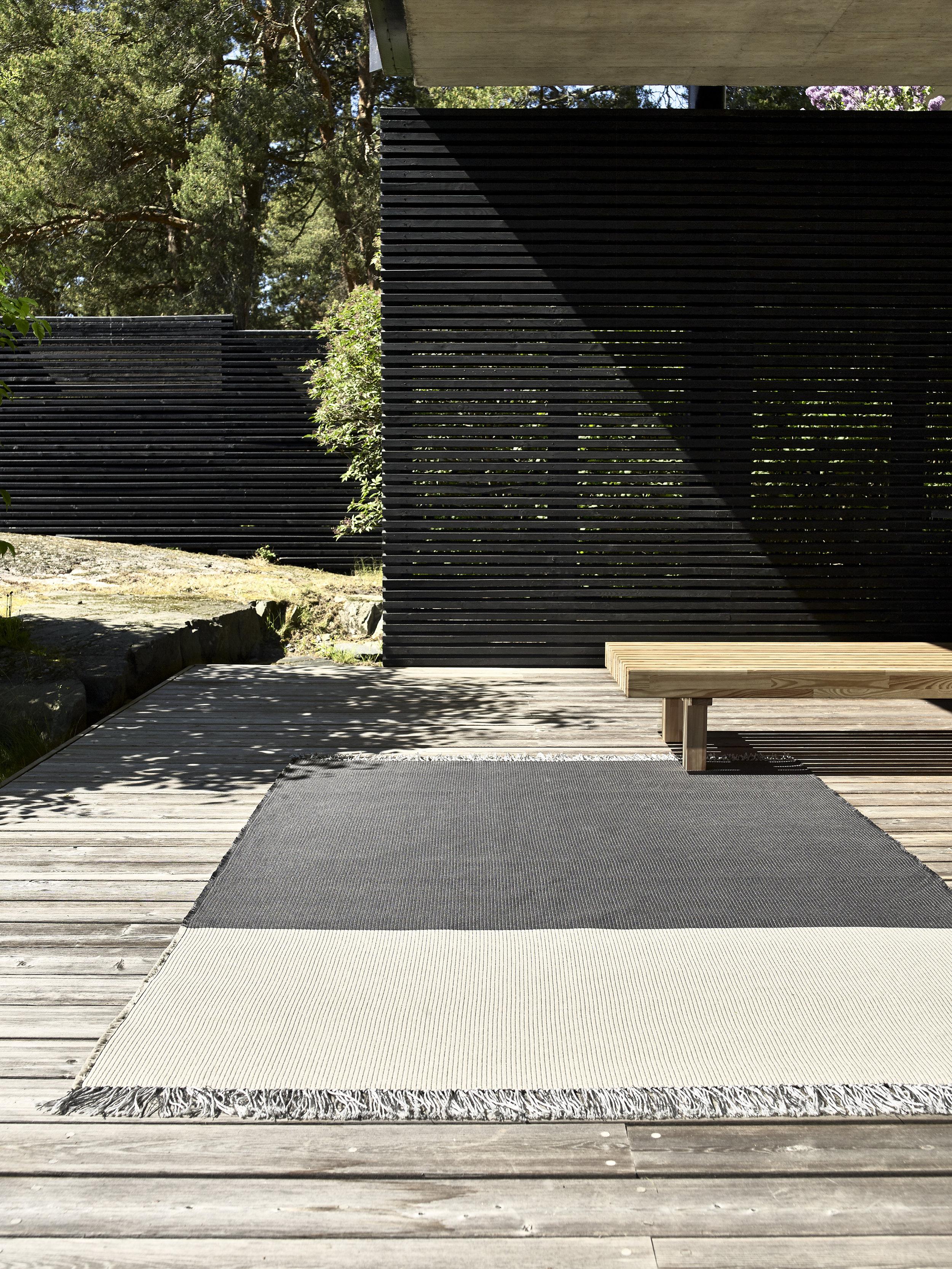 Pond 15384030 graphite-pearl grey outdoor carpet
