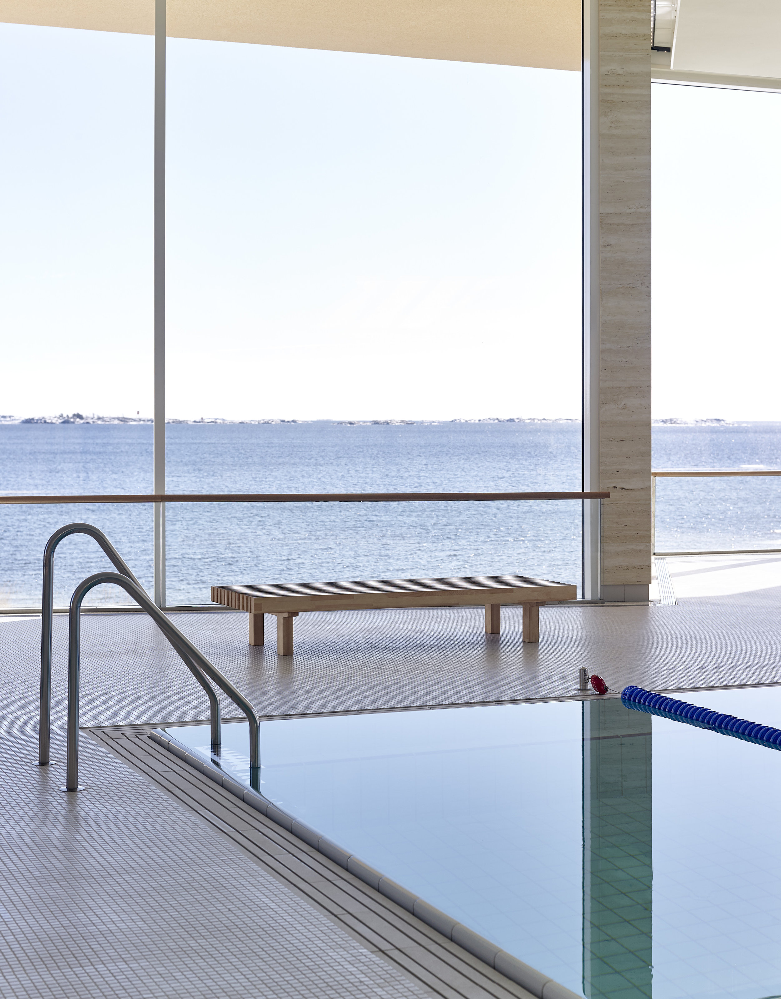 Laveri bench, 80x200x37 cm, larch