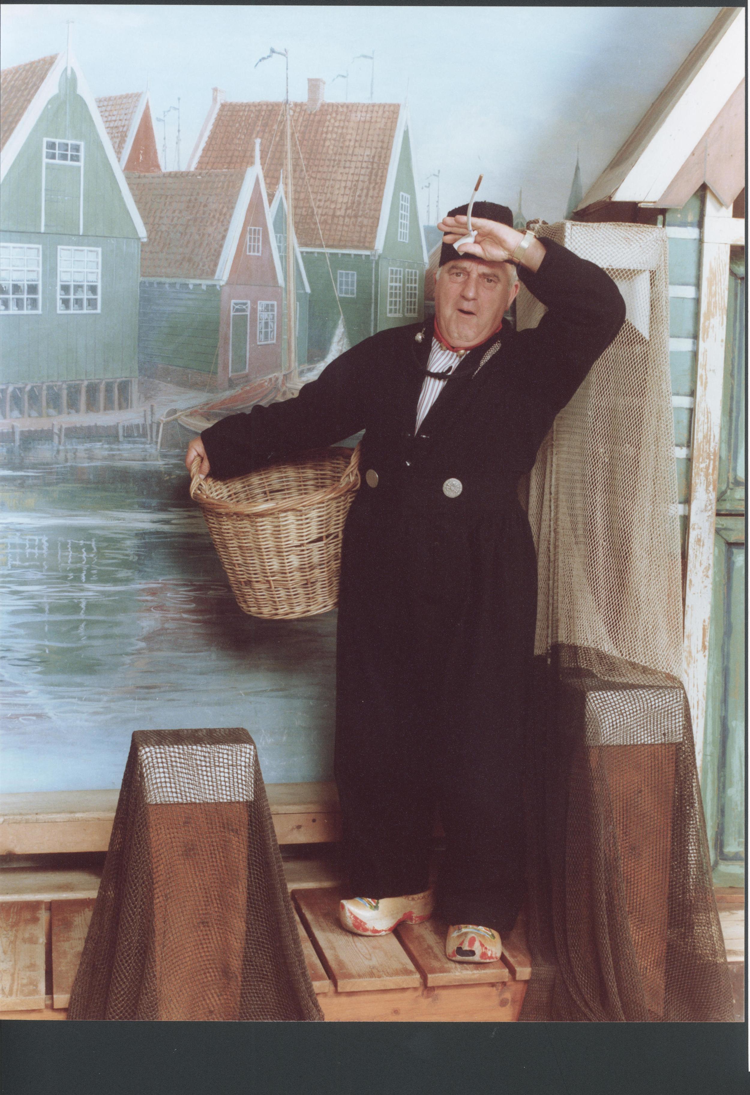 Piet Bambergen in Volendamse klederdracht