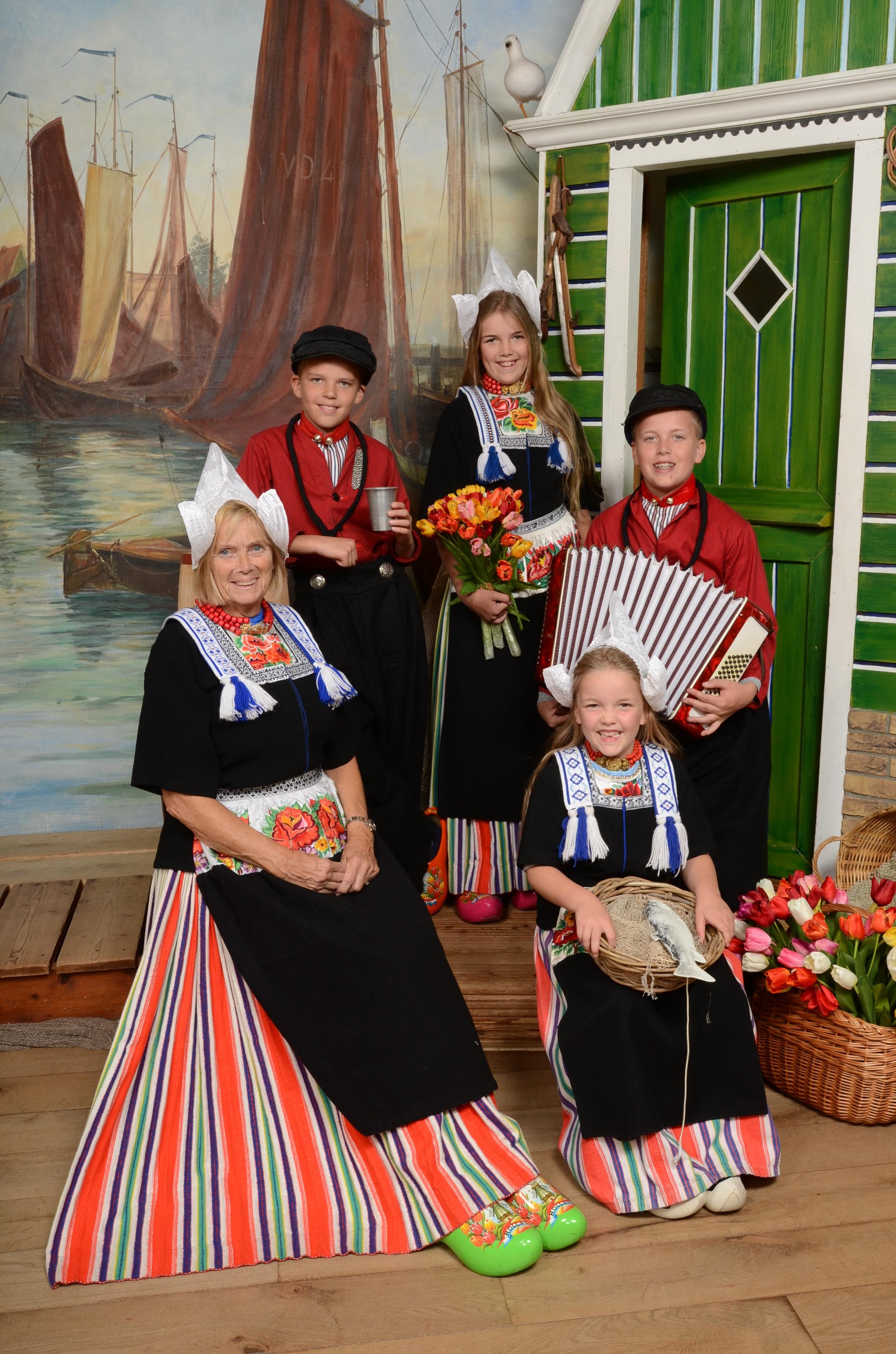 Mom and kids in Volendam costume