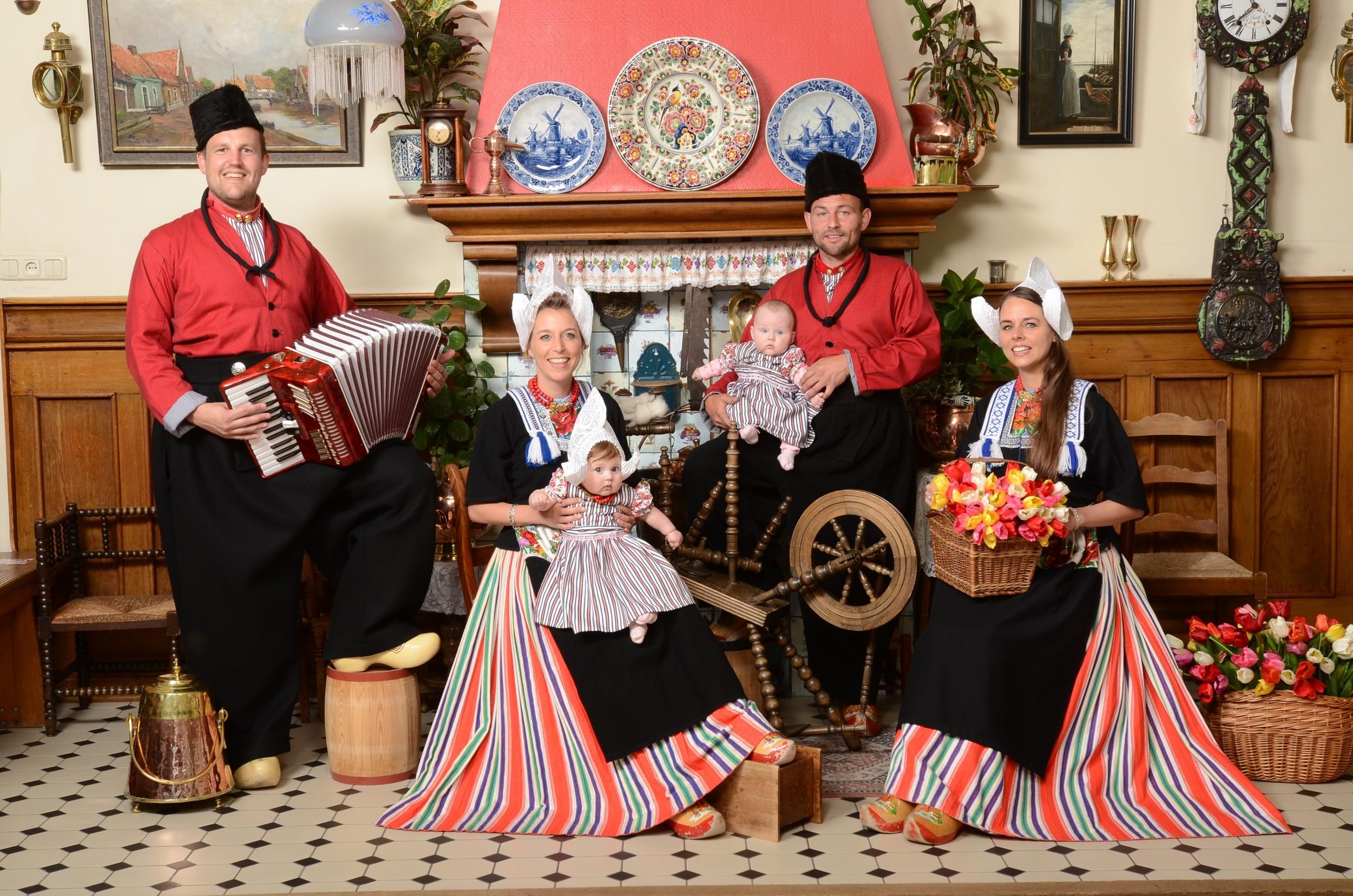 Families in Volendam costume