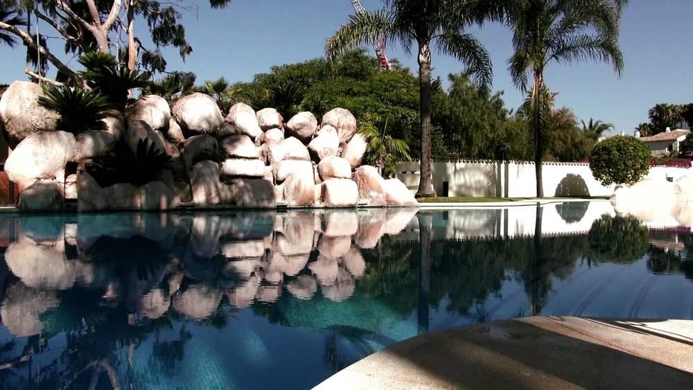 cimetrasa-piscina-piedras.jpg