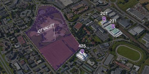 Localisation du futur campus par rapport aux trois actuels bâtiments de l'IoT Valley