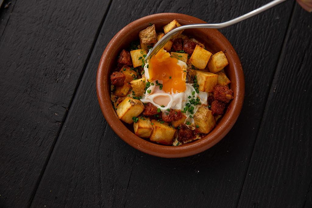 huevos-website.jpg
