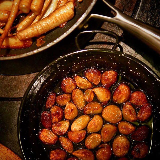 💥 Roasted garlic by #enotriagrill