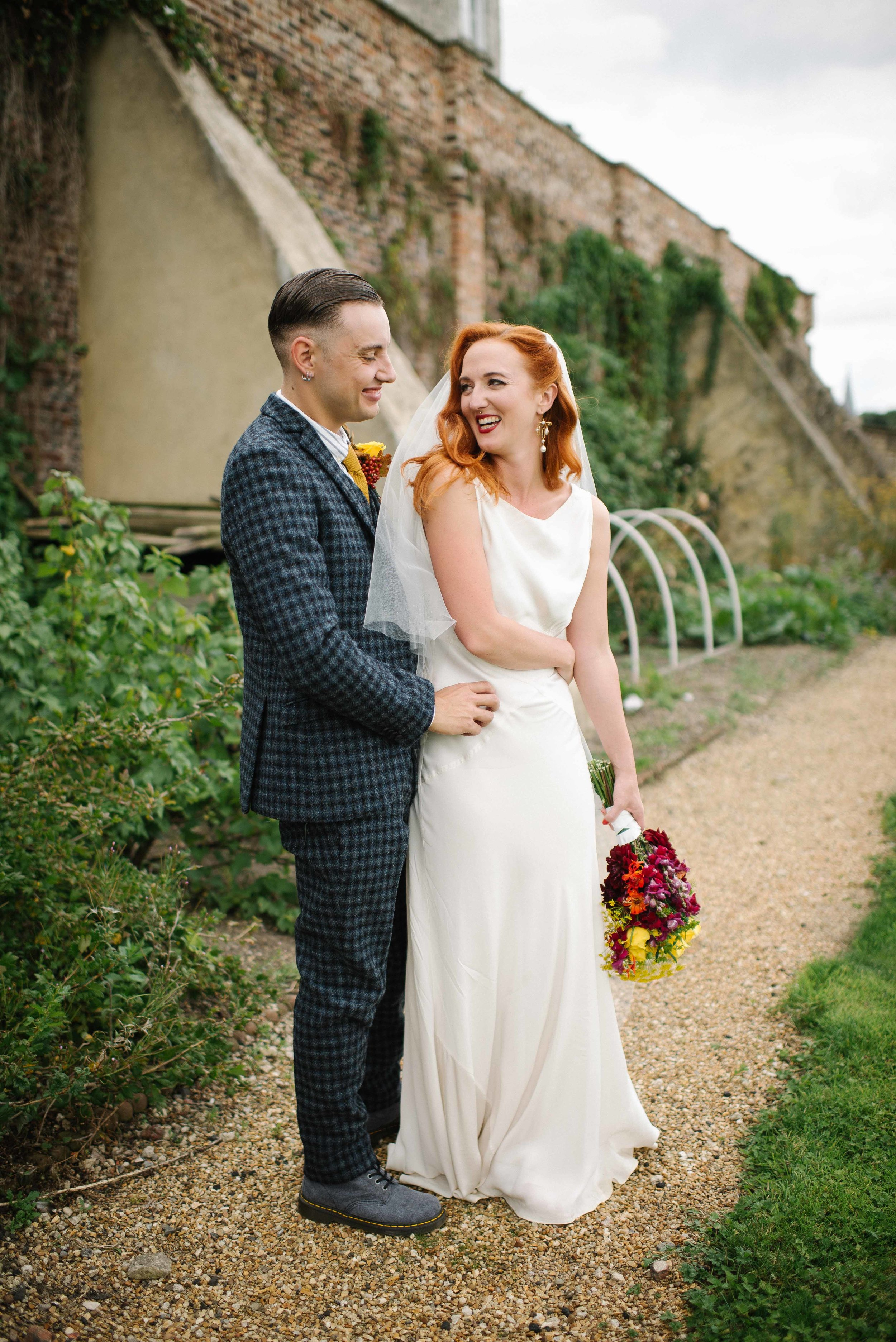 rose + oliver - super cool, diy garden party wedding with the most unique cake EVER