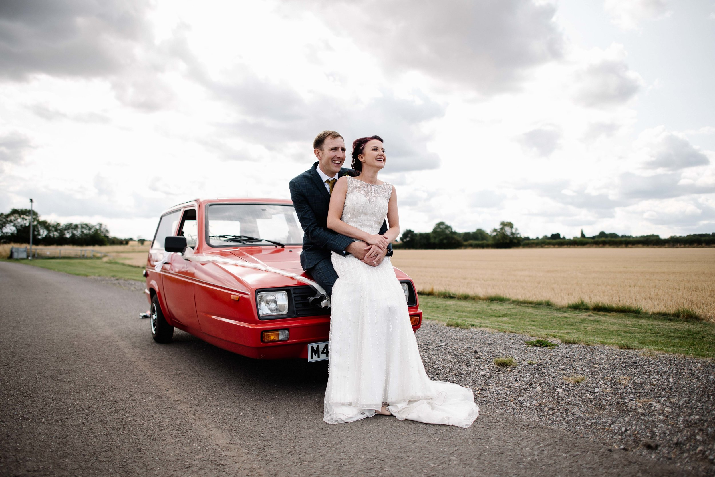 laura + andy - a beautiful outdoor ceremony, a three-wheeled car and lots of dancing in a tipi