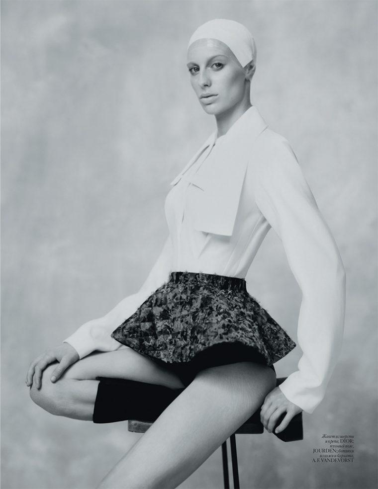 Lili-Sumner-by-Baud-Postma-for-Vogue-Ukraine-September-2016-5-760x984.jpg
