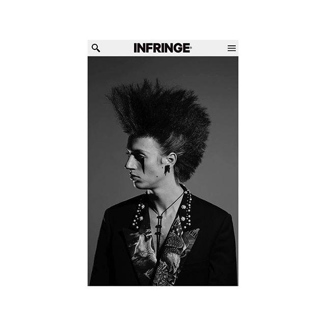 Rock'n' Rollaaaaa 🤘🏼 ———————————————————————— #beautystory @infringemagazine #hair #punk #thedarksideofthemoon #rebel #youth #freedom #portrait #style #lovemyjob  Pic: @sara_barcaroli  Hair: @shu_nishimurahair  Makeup: @aureliedeltour_makeup