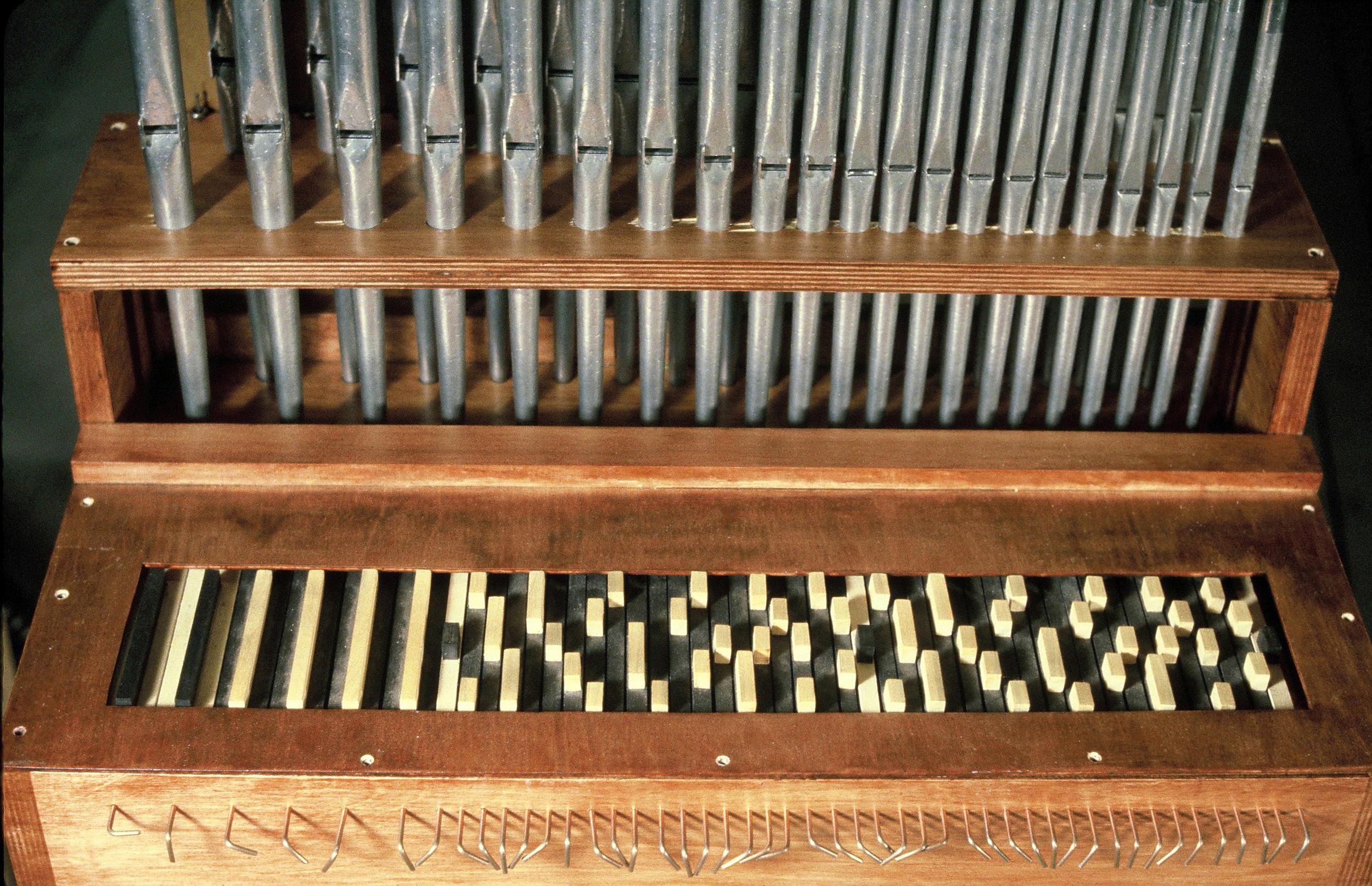 Portative Orgen with Keyboard in Dreyblatt Intonation, Middletown, 1981