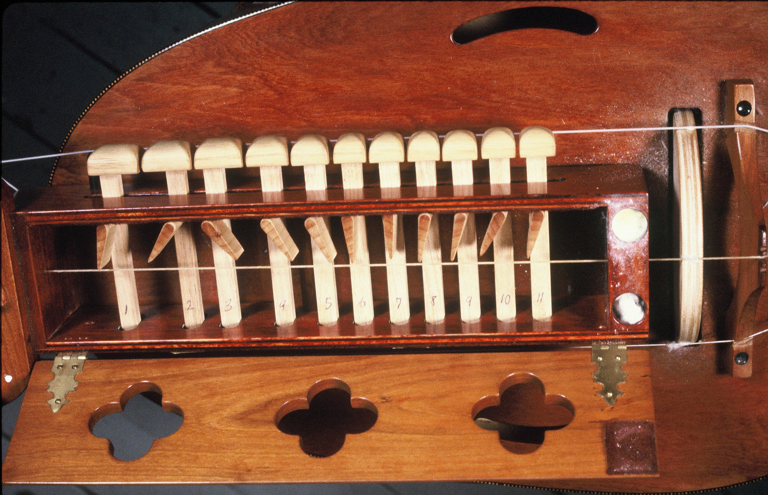 Hurdy Gurdy with tuned tangents, Sackett Street Studio, 1980
