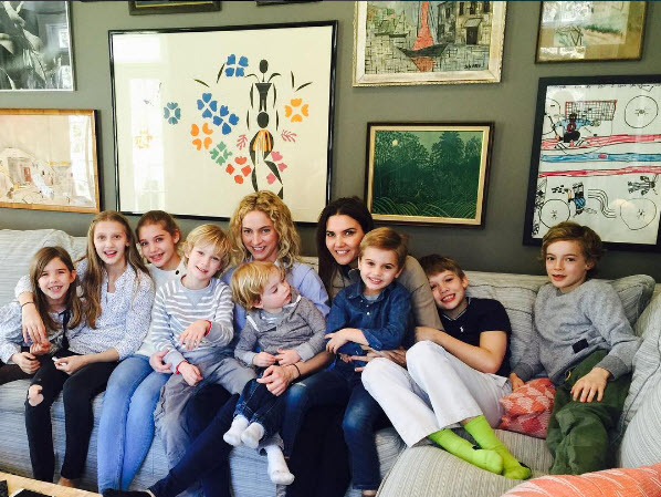 Both Veronicas and All 8 Kids.jpg