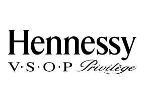 Hennessy-VSOP Privilège-2line-BLK.jpg