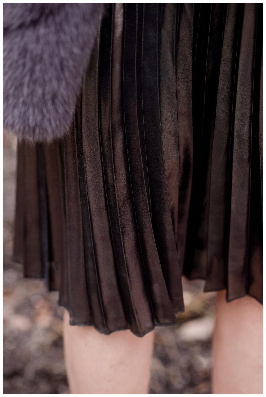Fur and Pleated Skirts_0423.jpg