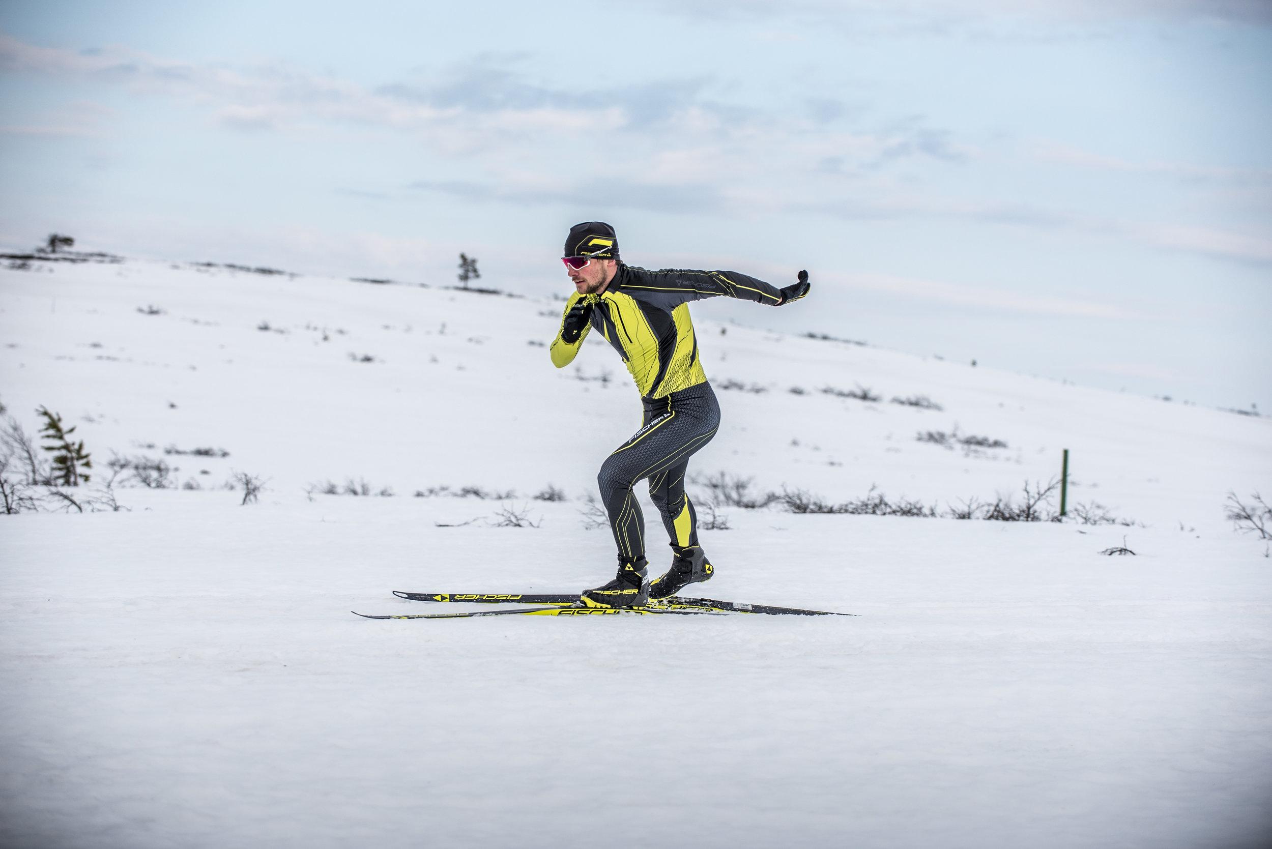Opi hiihtämään