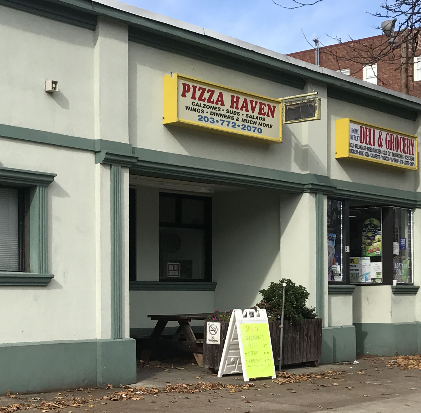 Pizza Haven 34 Howe Street 203) 772 2258