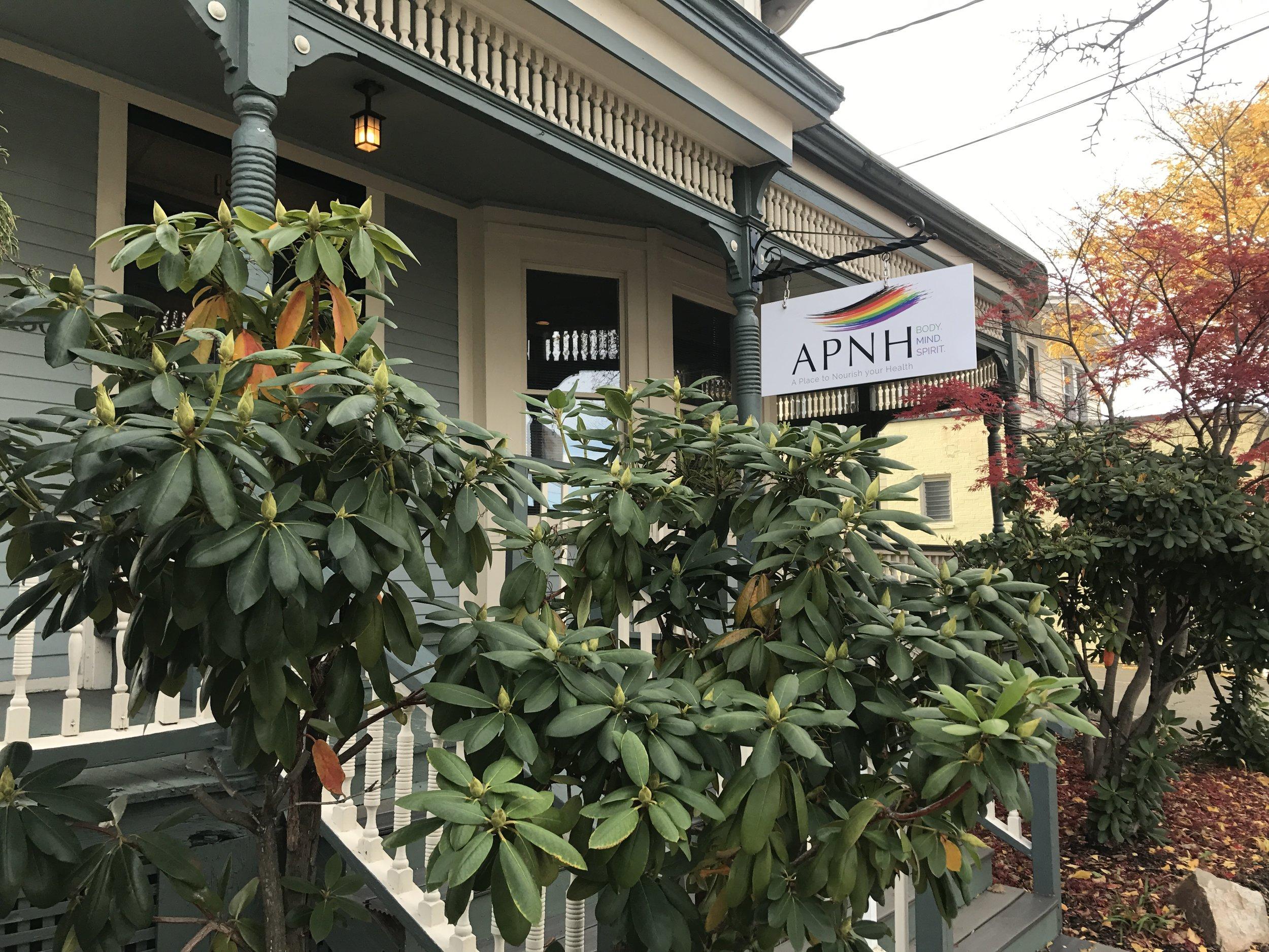 APNH 1302 Chapel Street (203) 624-0947