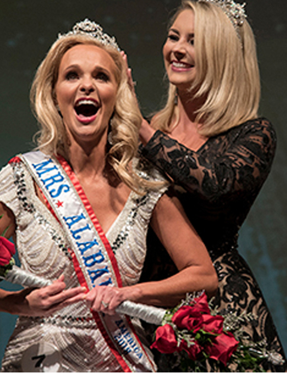 Mary Hall - Mrs.Alabama America 2018 crowned in a Joyces Gown.