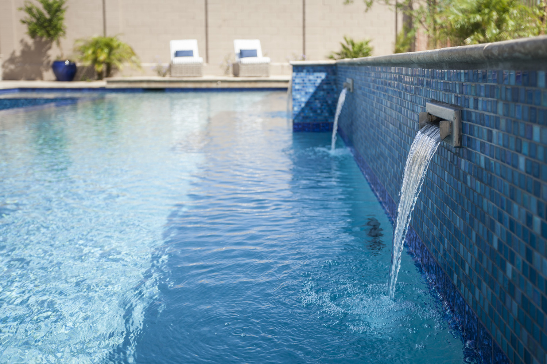 custom swimming pool water features sculpers.jpg