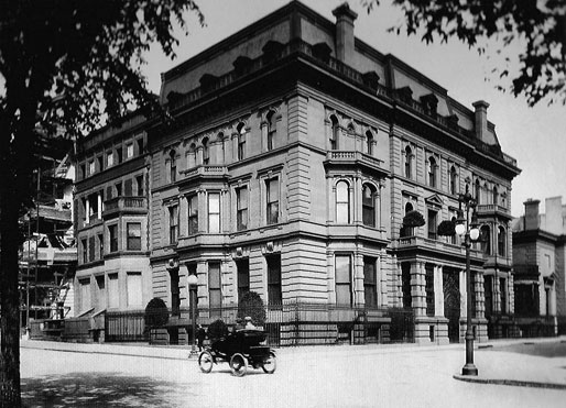 William Collins Whitney died in his townhouse at 871 Fifth Avenue