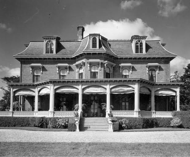 Beyond the Breakers: The Newport Homes of Alice and