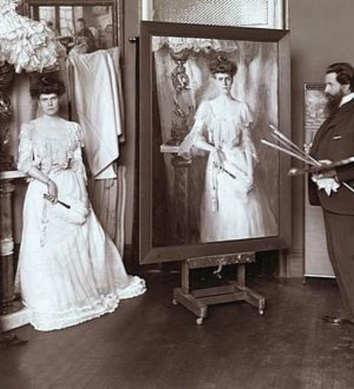 Cathleen posing for her portrait
