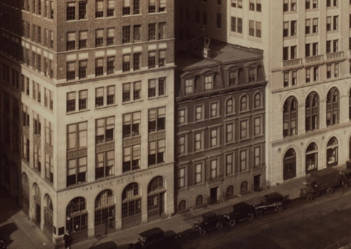 While the Bank of America building replaced Fahnestock's former home in the early twentieth century, it most likely looked like its surviving midblock neighbors.