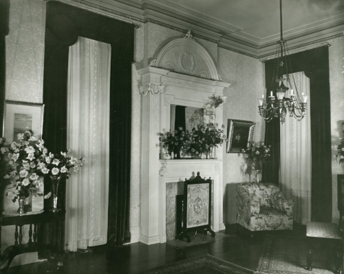 A period photo if the Madill home's interior