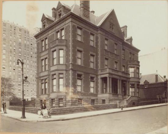Doegler Mansion photo: nypl archives