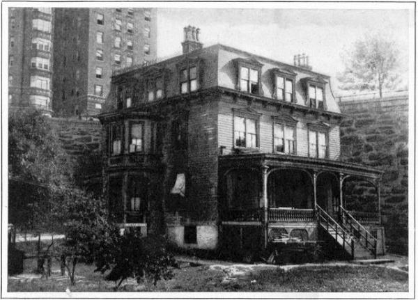 The Audubon House in 1928, hemmed in by the Riverside Drive Viaduct