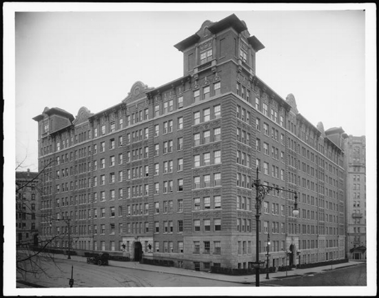 The Grinnell apartments photo: MCNY archives