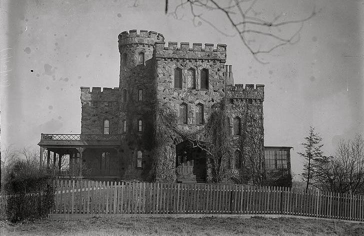 Woodlciff Castle