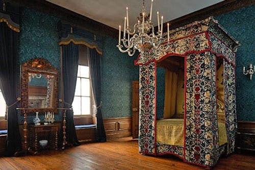 Queen Mary's bedchamber in her apartments at Kensington Palace