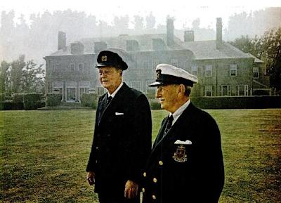 Harold Stirling Vanderbilt (left) din front of Rock Cliff, 1964