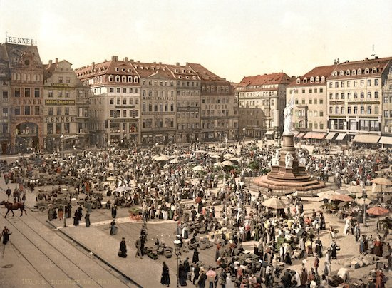 A scene of Dresden in the 1880s