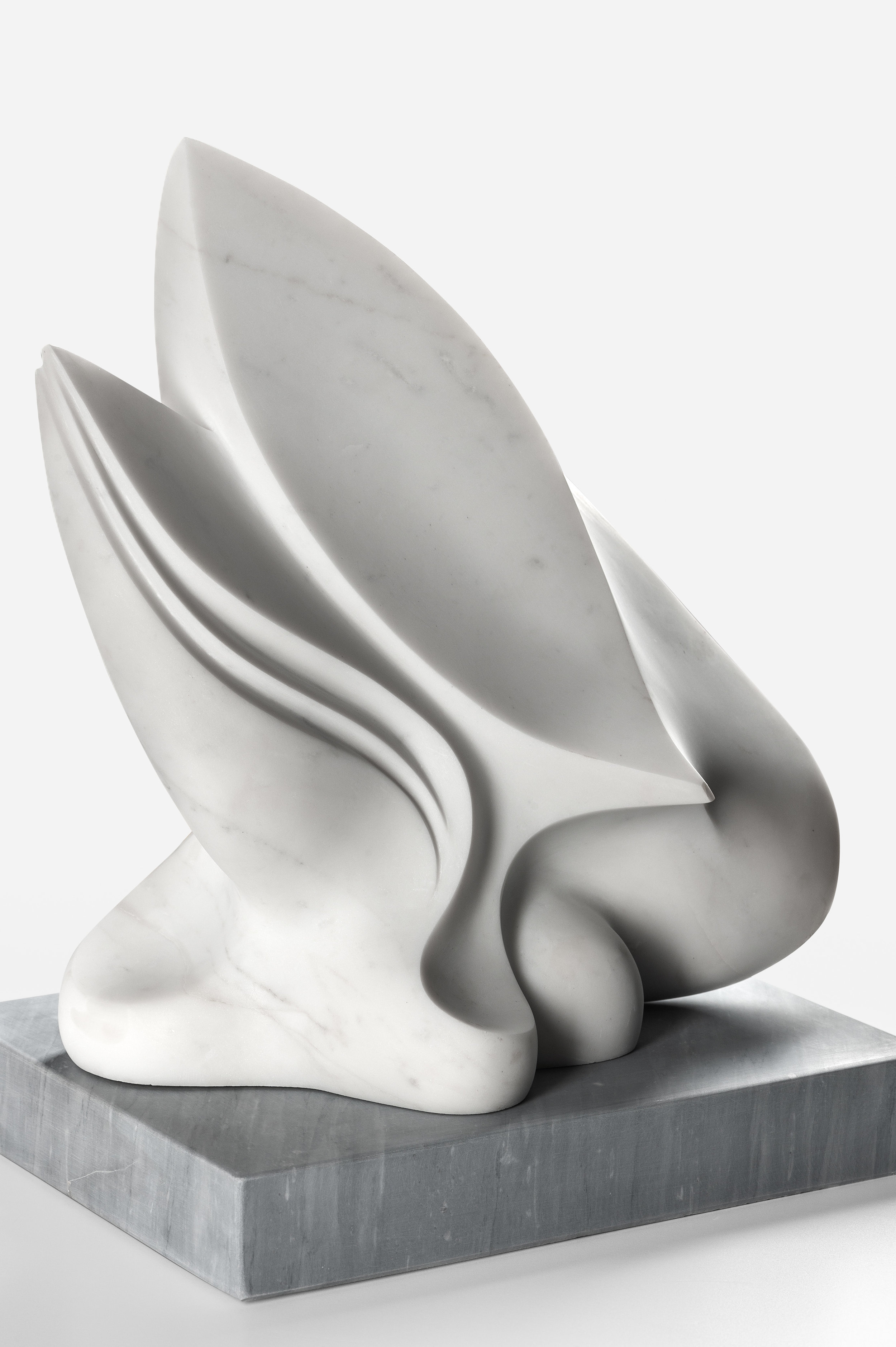artemis_sculpture_yoko_kubrick.jpg