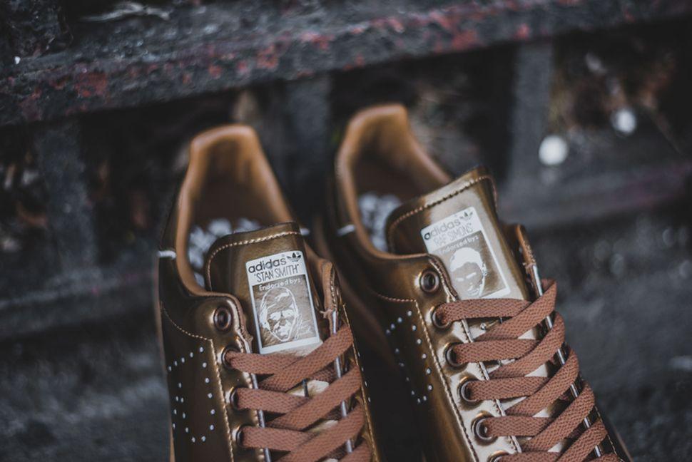 adidas-stan-smith-x-raf-simons-mettalic-gold-3.jpg