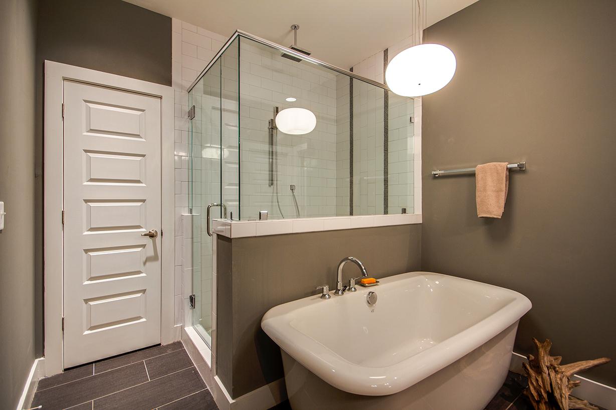 House-Plans-Online-Duplex-Nashville-Peggy-Newman-Bath-Master-1816.jpg