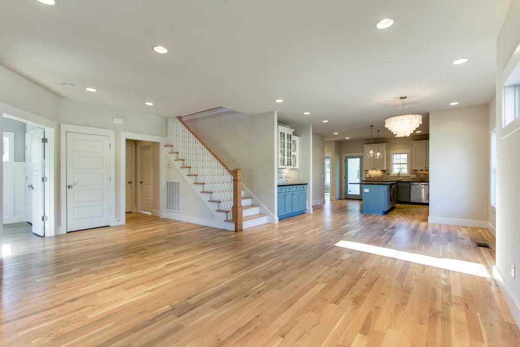 House-Plans-Online-Craftsman-Nashville-Peggy-Newman-Family-Open Floor-Kitchen-Laurent.jpg