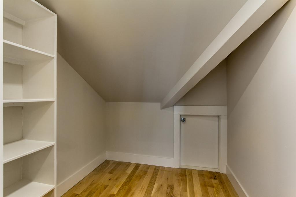 House-Plans-Online-Craftsman-Nashville-Peggy-Newman-Storage-Laurent.jpg