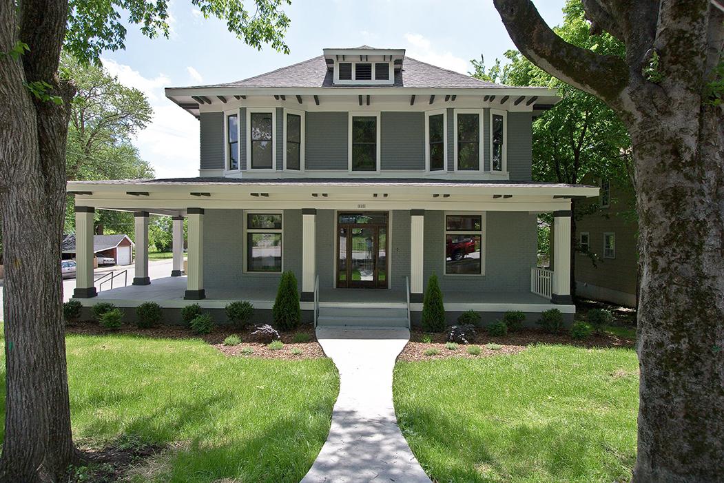 House-Plans-Online-Historic-Nashville-Peggy-Newman-Foursquare-Large Porch-Renovation-Seymour.jpg
