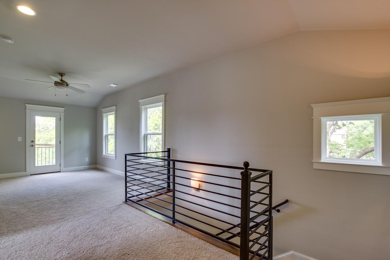 House-Plans-Online-Narrow-Nashville-Peggy-Newman-Bonus-Stairs-Iron-Kimbark.jpg