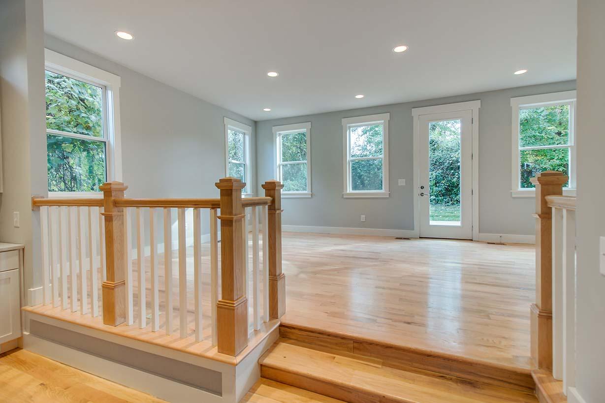 House-Plans-Online-Narrow-Nashville-Peggy-Newman-Family-Raised Living-Railing-Mailan B.jpg