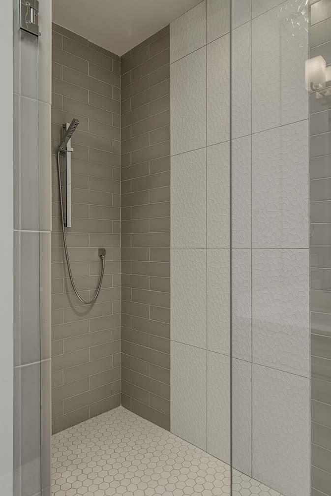 House-Plans-Online-Nashville-Narrow-Master-Shower-Tile-23rd.jpg