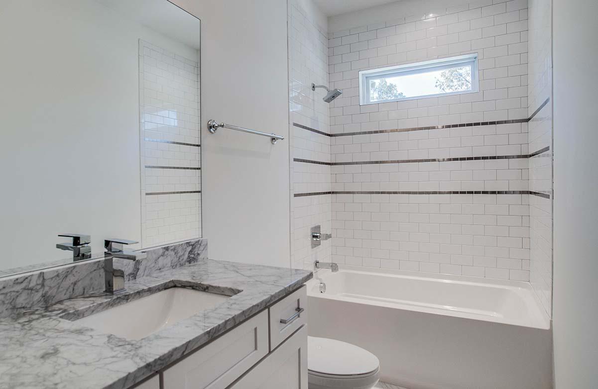 House-Plans-Online-Nashville-Narrow-Bath-Tile-Michigan.jpg