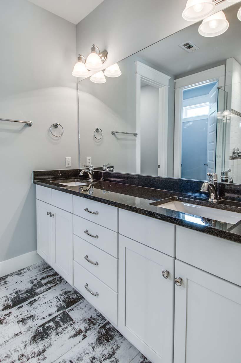 House-Plans-Online-Duplex-Nashville-Peggy-Newman-Master Bath-Tile-Arthur A.jpg