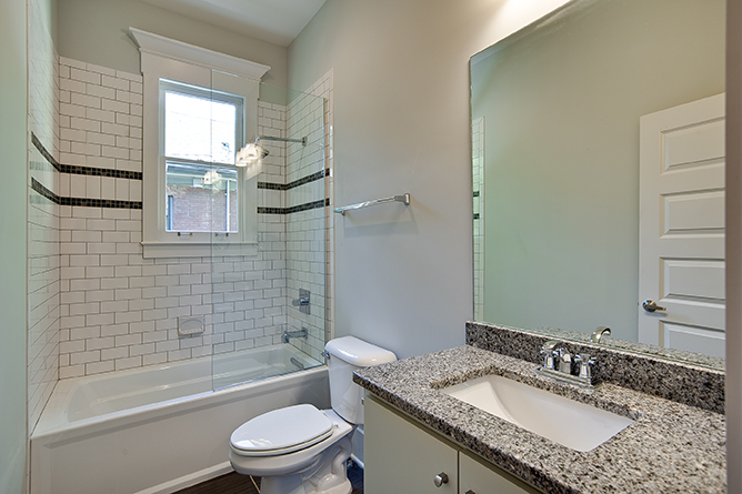 House-Plans-Online-Craftsman-Nashville-Peggy-Newman-Chapel-Guest-Bath-Glass-Screen.jpg