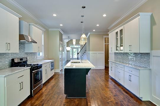 House-Plans-Online-Craftsman-Nashville-Peggy-Newman-Chapel-Kitchen.jpg