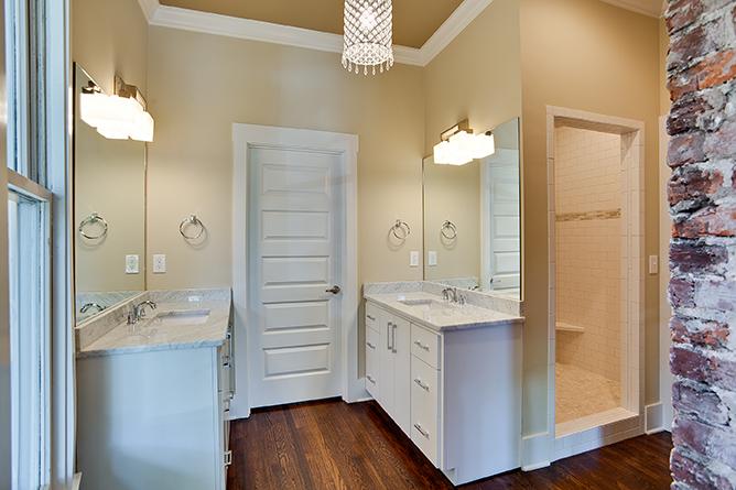 House-Plans-Online-Craftsman-Nashville-Peggy-Newman-Chapel-Steam-Shower-Master-Bath.jpg